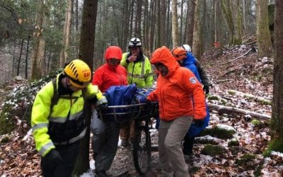 Powell, Wolfe County search teams pack out injured hiker